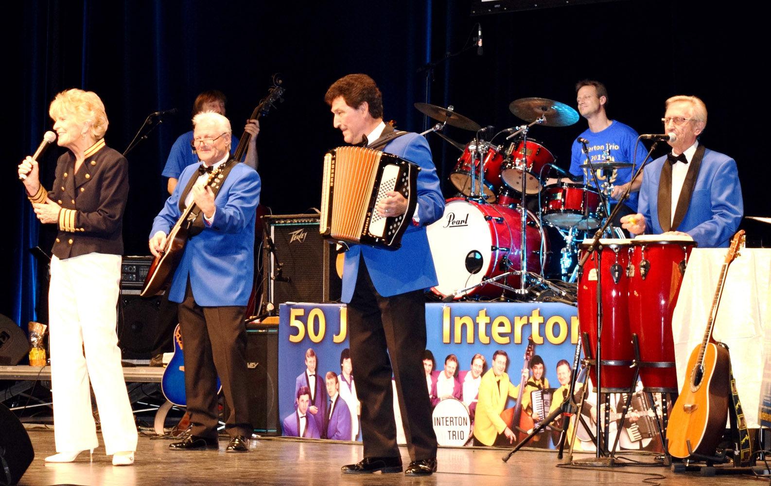 foto_pathe_2015_10_10_50-jahre-interton-trio_3.jpg